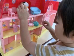 〈シナモンクラス〉新しいおもちゃ遊び